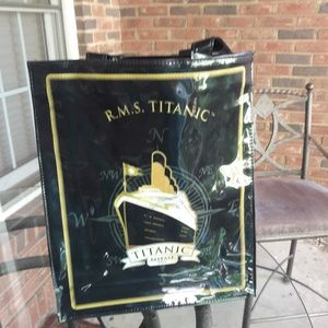 Authentic Titanic Belfast shopping tote